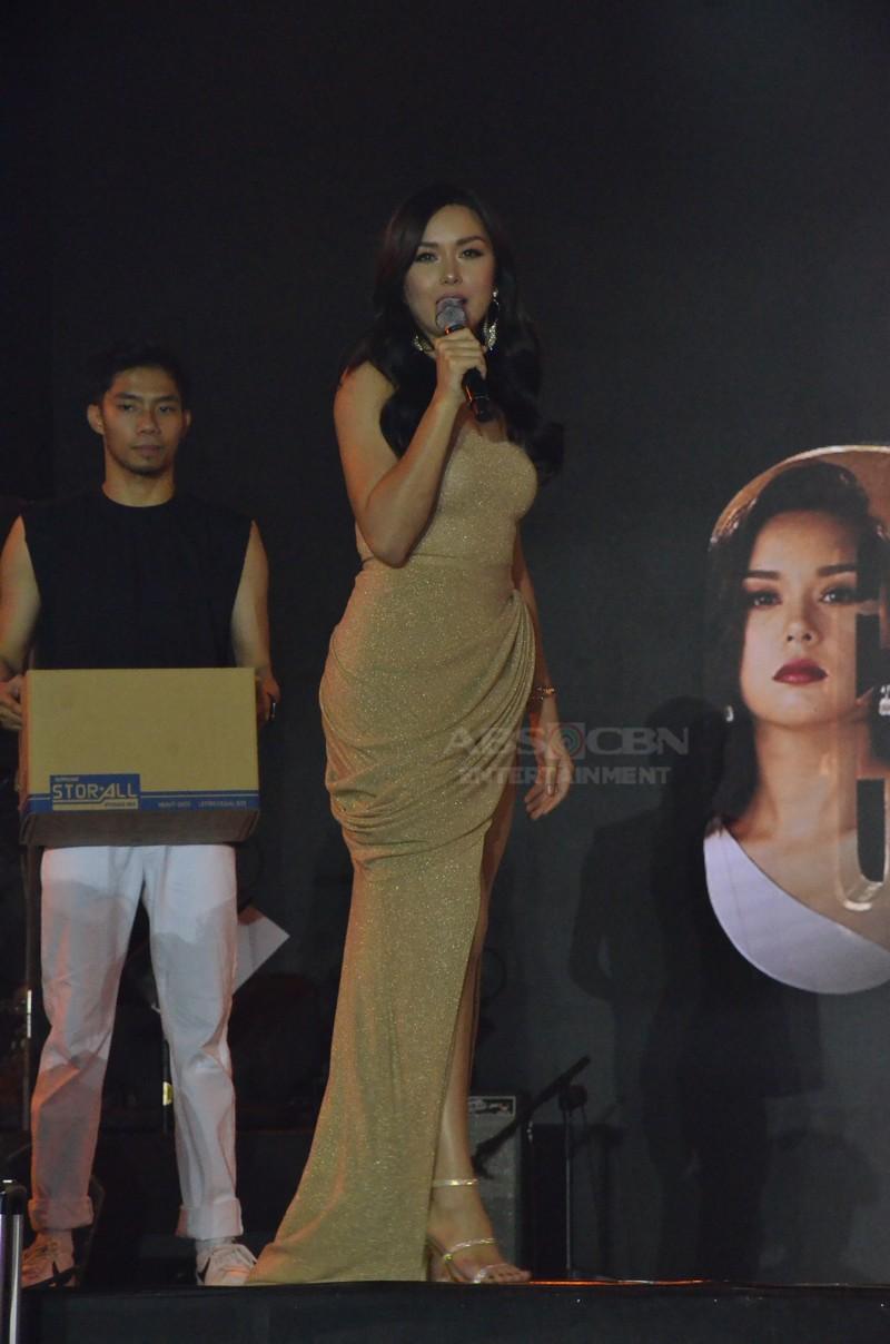 IN PHOTOS: Kadenang Ginto cast at the #ForeverKapamilya Trade Event