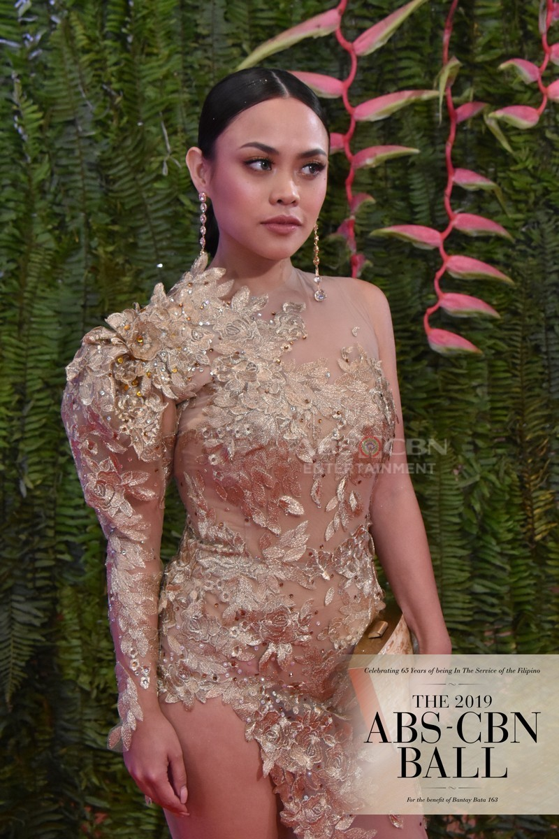 ABS-CBN Ball 2019: Kadenang Ginto cast shimmered in their Red Carpet presence